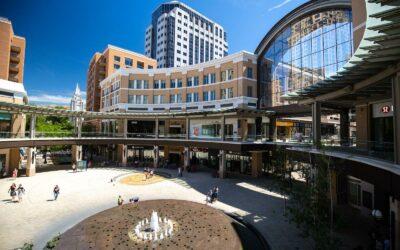 全天尽玩盐湖城的购物潮圣地—城溪中心