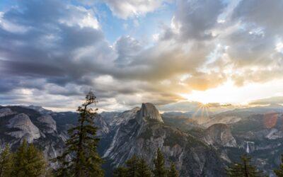 奔驰於加州塞拉山:11种体验优胜美地和太浩的玩法