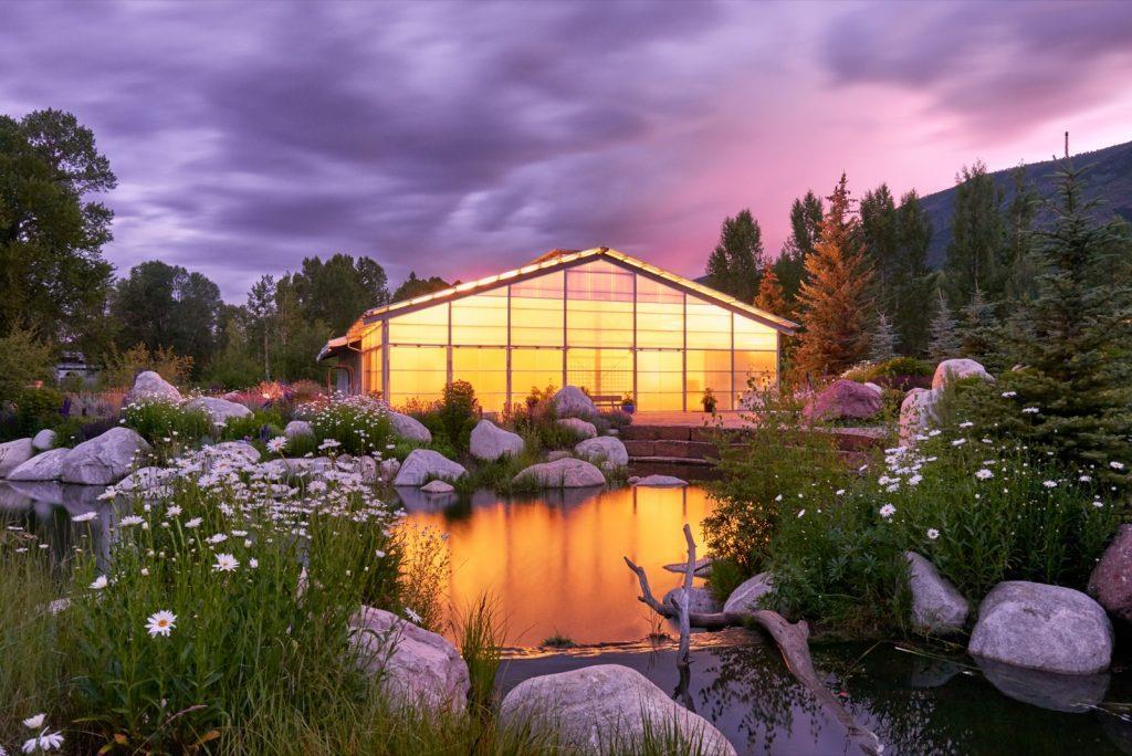 aspen-colorado-hurst-theatre-sunset-summer