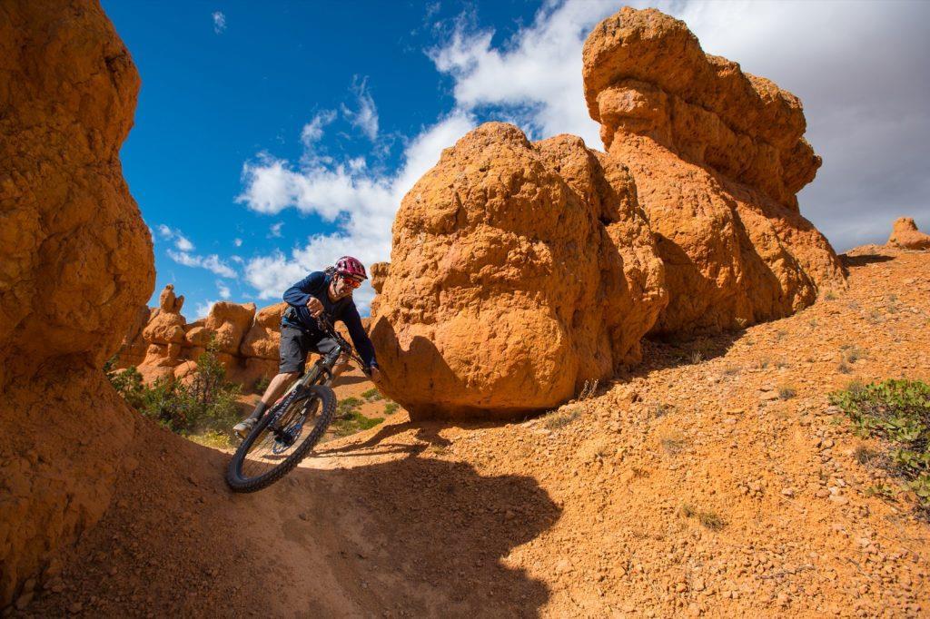 bryce-canyon-utah-red-canyon-mountain-biking-thunder-mountain