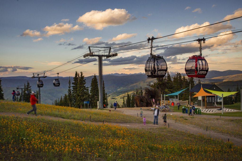 aspen-colorado-mountain-gondola-summer