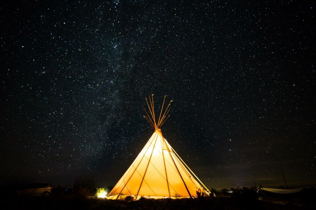 buzzards-roost-tipi-accommodation-terlingua-big-bend-texas