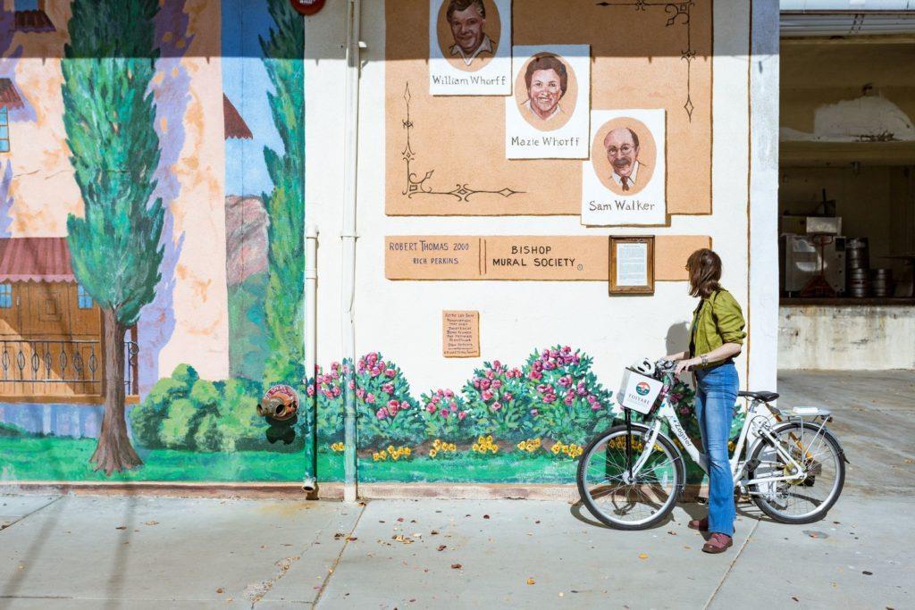 california-bishop-downtown-mural