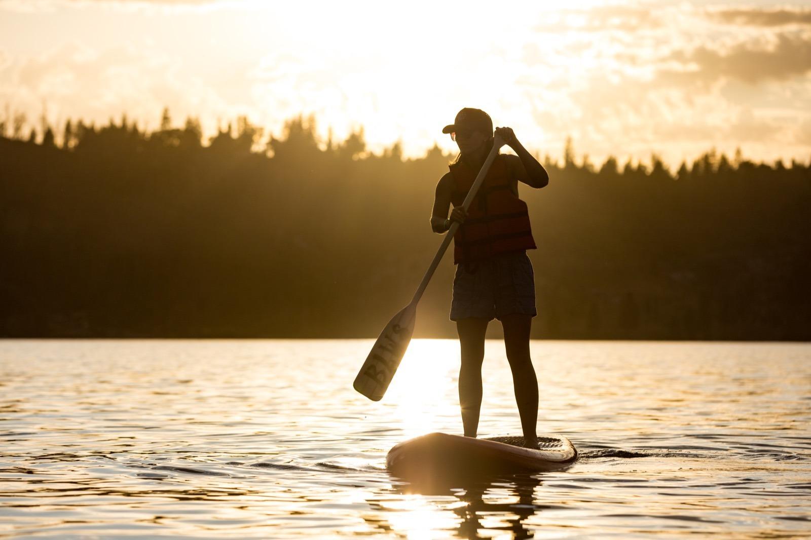california-high-sierra-madera-bass-lake-stand-up-paddle-sup-sunset-4