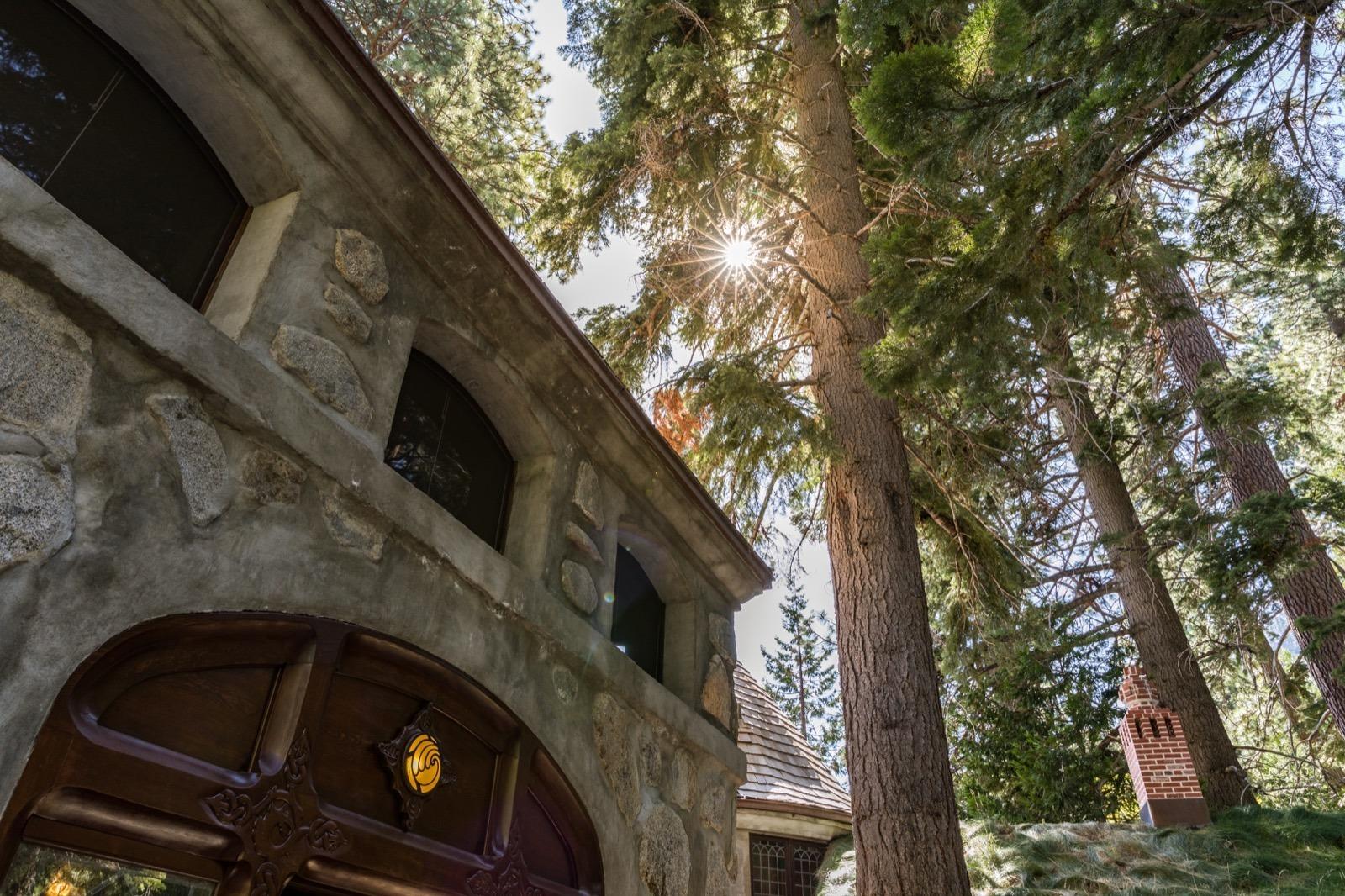 california-high-sierra-south-lake-tahoe-emerald-bay-vikingsholm-2