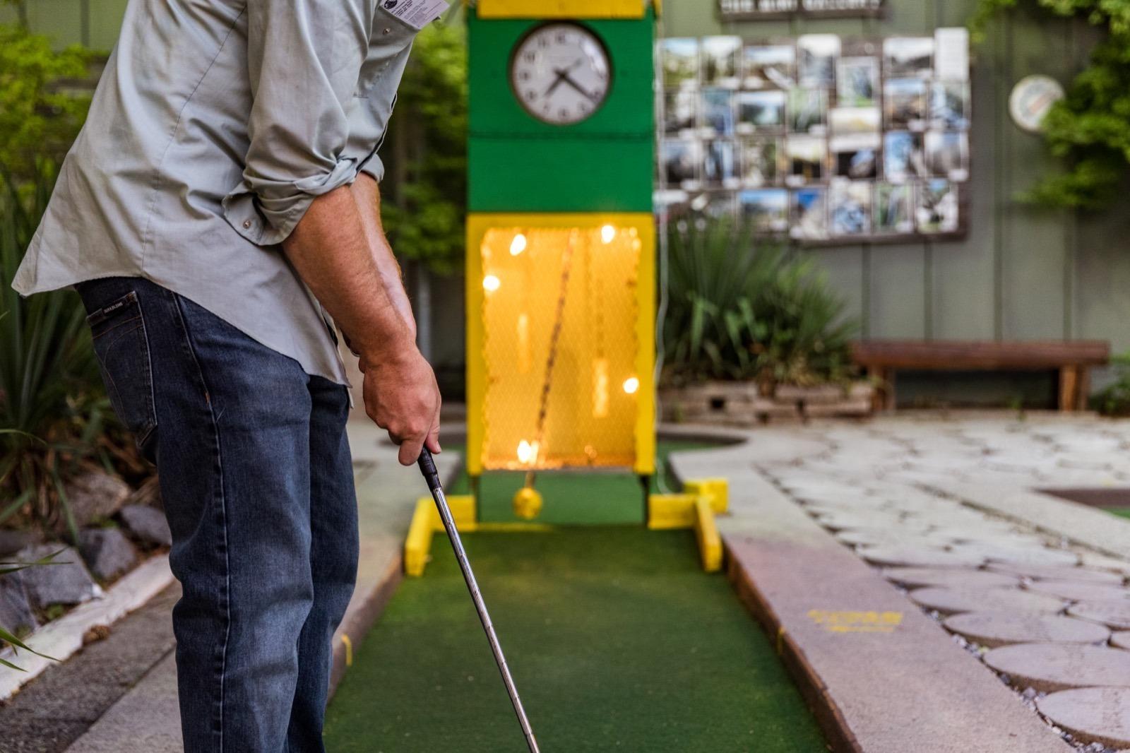california-high-sierra-tuolumne-twain-harte-mini-golf-4