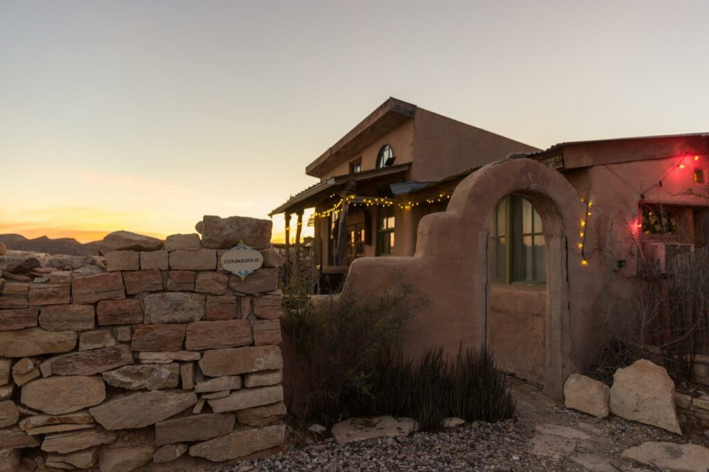 candililla-house-terlignua-holiday-hotel-accommodations-adobe-big-bend-texas