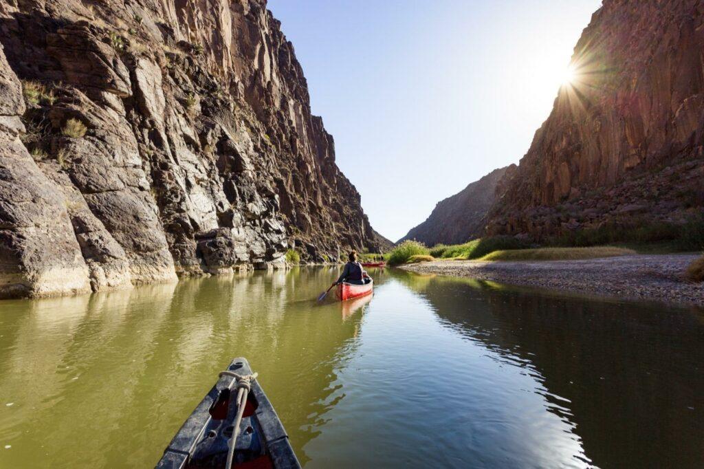 canoe-rio-grande-tour-big-bend-texas