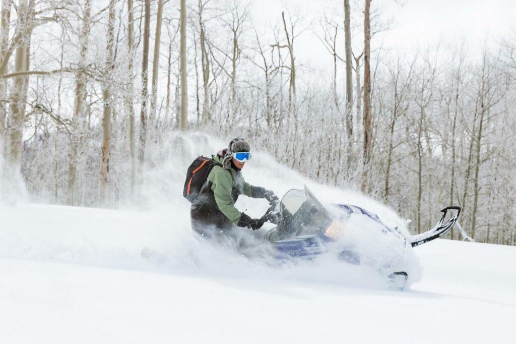 cedar-city-brian-head-utah-breaks-national-monument-winter-snowmobiling