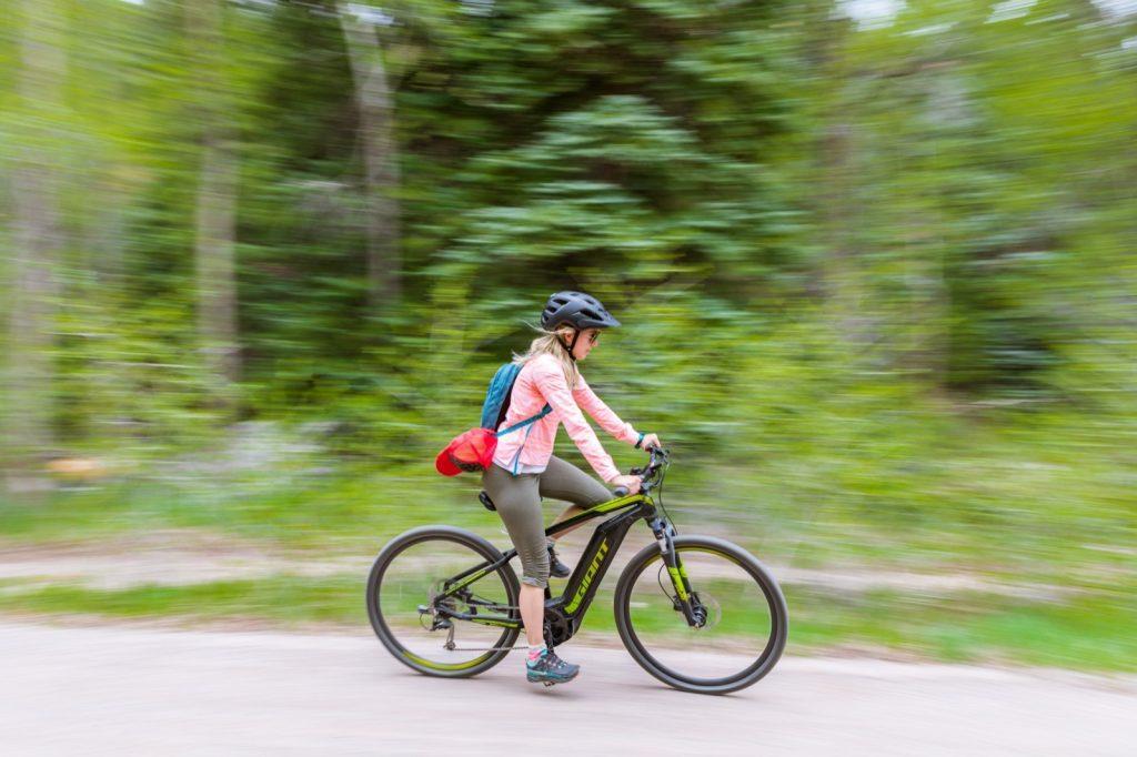 emily-sierra-2019-aspen-colorado-aspen-biking-rio-grande-trail-to-woody-creek-5