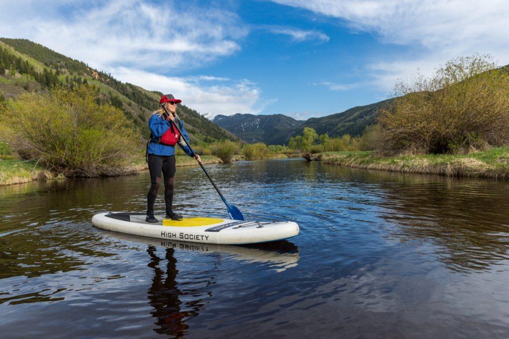 emily-sierra-2019-aspen-colorado-sup-paddleboard-north-star-nature-preserve-3