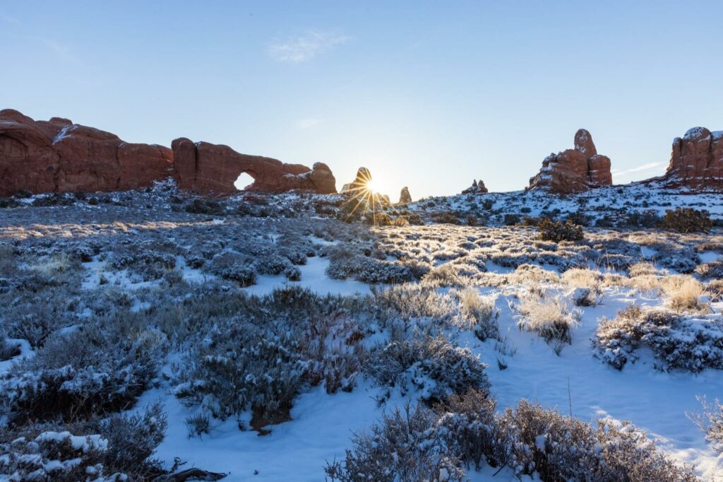 moab-utah-arches-national-park-winter