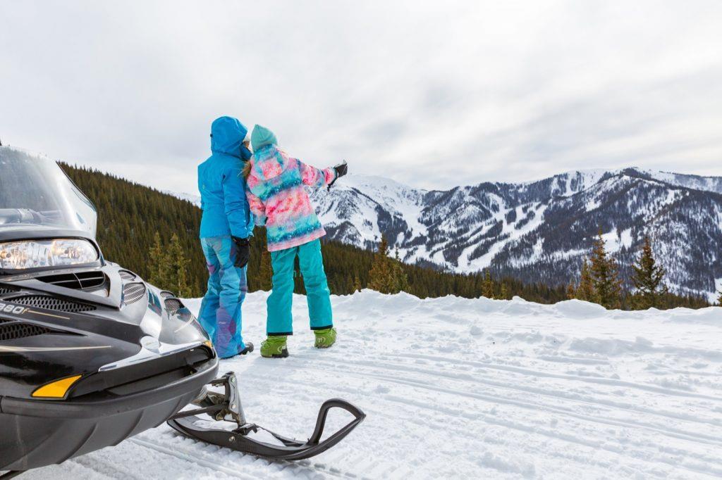 taos-ski-valley-new-mexico-snowmobiling