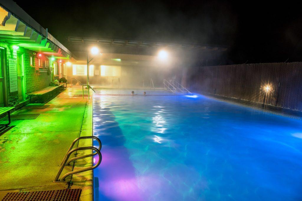 yellowstone-teton-territory-idaho-hot-springs-pool-heise-winter