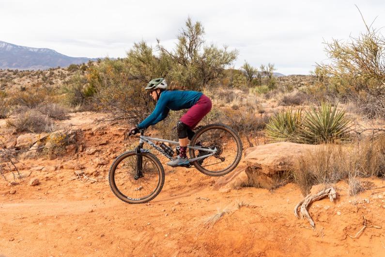 emily-sierra-arizona-cottonwood-mountain-biking-dead-horse-ranch-state-park