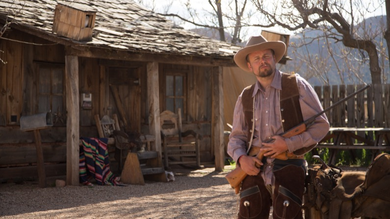 Little Hollywood Museum - cowboy with rifle - KCOT