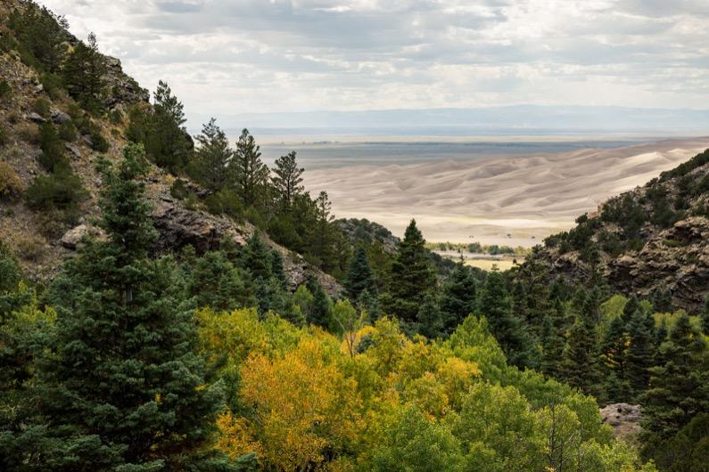 emily-sierra-alamosa-mosca-pass-trail-hiking-great-sand-dunes-national-park-preserve (3)