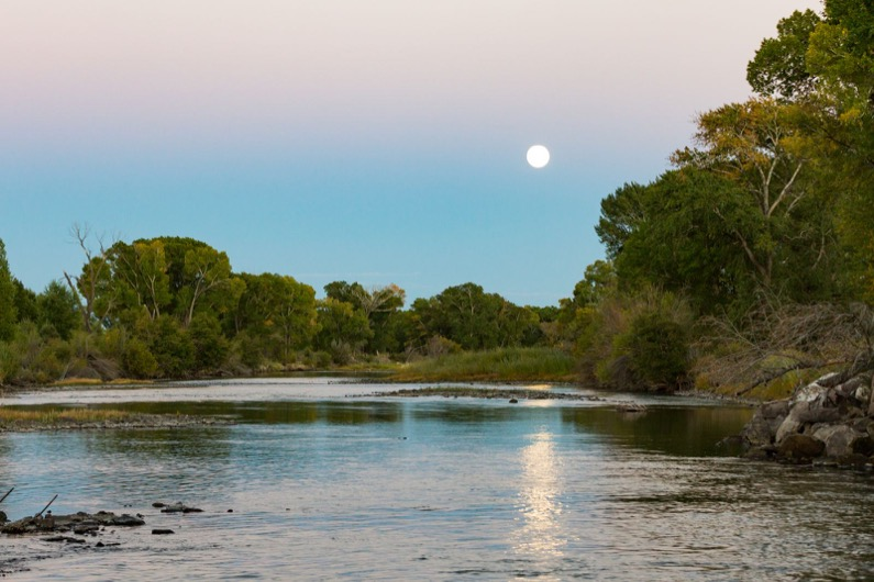 emily-sierra-alamosa-san-luis-valley-moonrise-sunset-rio-grande (2)