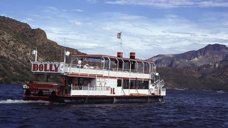 Dolly Steamboat in Arizona