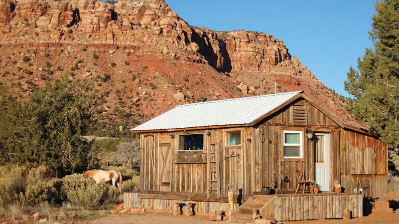 Homesteader Cabin in Fredonia, AZ