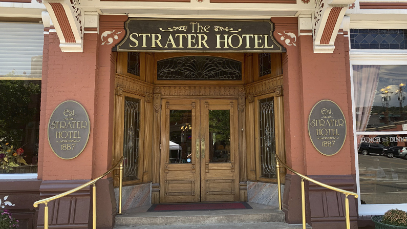 The entrance to the Strater Hotel, one of the Inns of the San Juan Skyway